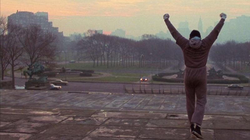 """Terminați cu prostiile! Stallone nu moare niciodată! A fost refuzat de 1.500 de ori, și-a vândut câinele pentru """"Rocky"""" și-l sperie un fake-news???"""