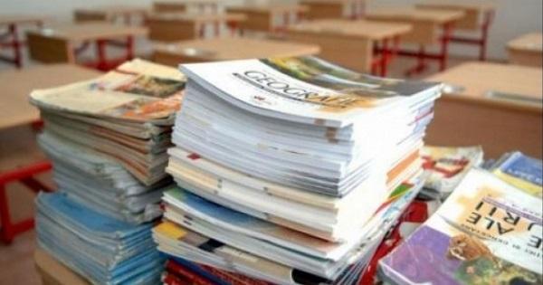 Ministerul Educației, ANUNȚ important! Profesori remunerați cu 45.000 de lei! Care sunt condițiile
