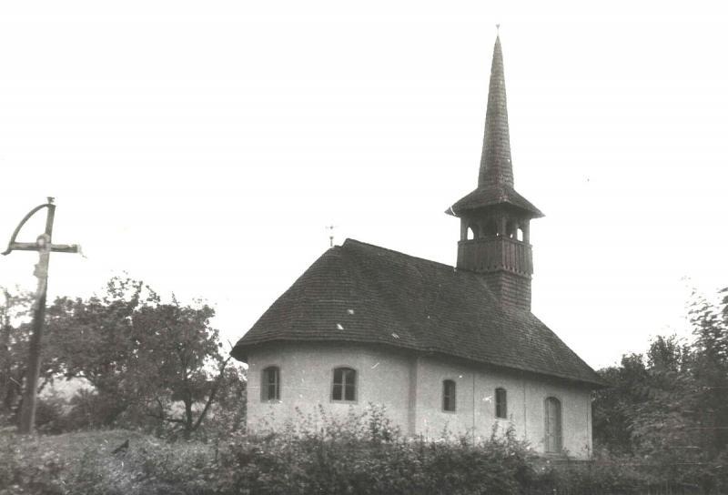 """BLESTEM? O biserică din 1820 din Ardeal, monument istoric, a ars în totalitate. Internauții: """"E răzbunarea Diavolului, semn al Apocalipsei!"""""""