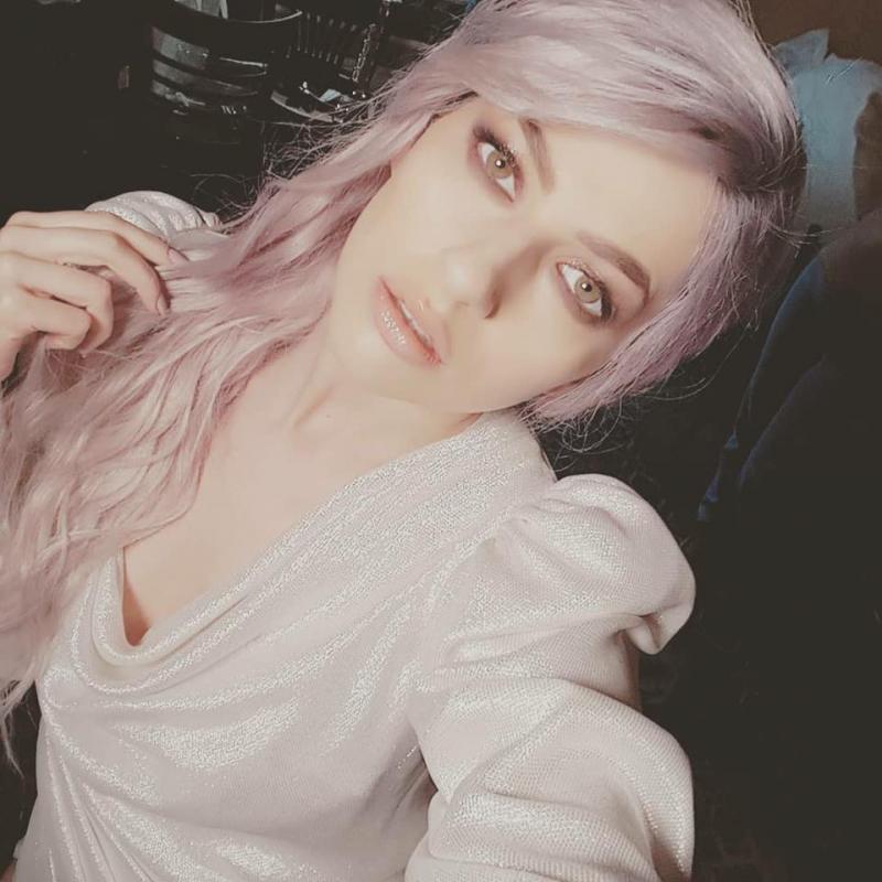 """Lidia Buble, transformată în fata Morgana! Cu părul roz și machiaj diferit, artista e de nerecunoscut: """"Ești perfecțiunea întruchipată!"""""""