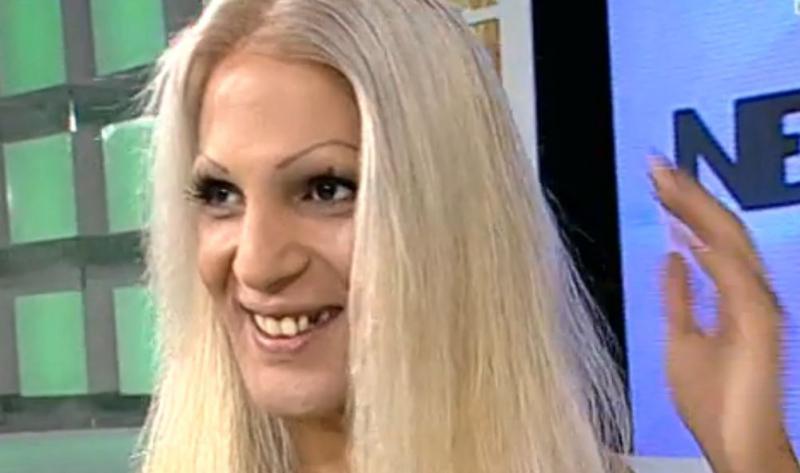 Cum arată transsexualul Naomi acum! S-a stabilit de mai mulți ani în Elveția unde are o viață lipsită de griji