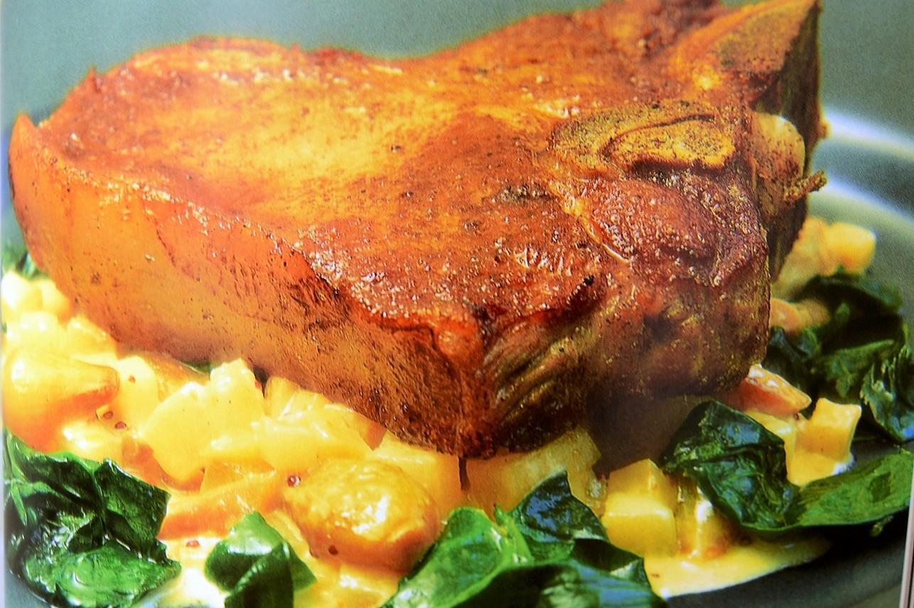 Cotlete de vițel cu legume cremoase. O rețetă delicioasă pentru o cină în familie, așa cum ne recomandă Gordon Ramsay!