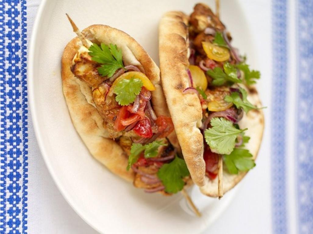 Cum să faci kebab de pui cu șofran la tine acasă! Rețetă simplă și mult mai sănătoasă!