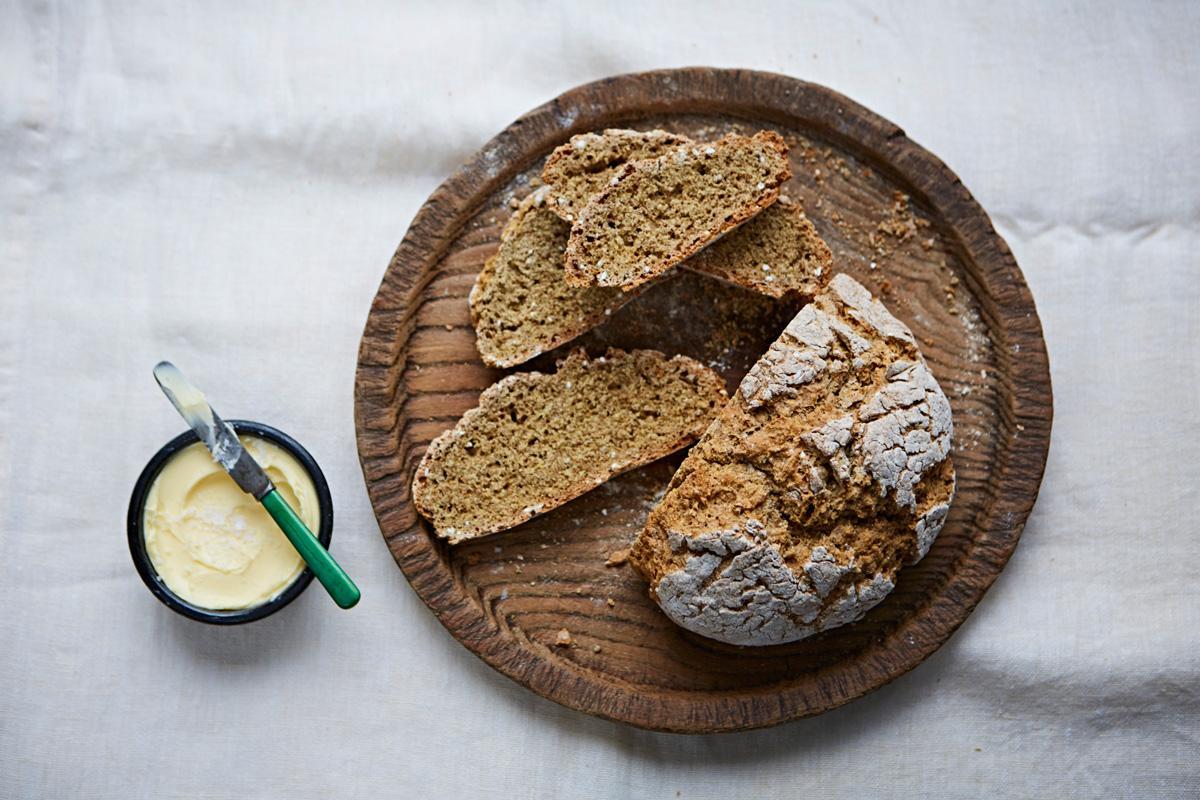 Pâine cu bicarbonat. O alternativă la pâinea de casă, fără drojdie, mai gustoasă și mai sănătoasă.