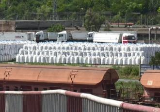 mii-de-tone-de-azotat-de-amoniu-confiscate-din-porturile-din-constani