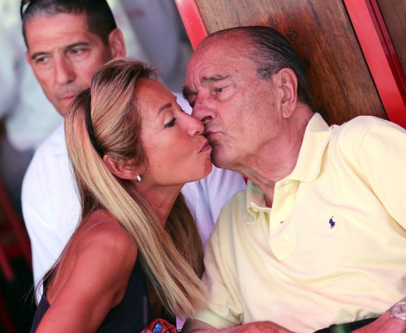 Jacques Chirac Sejur La Saint Tropez Politicianul Francez Traieste