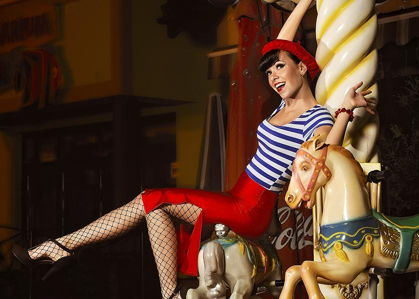 Sexiest girls of the circus 7