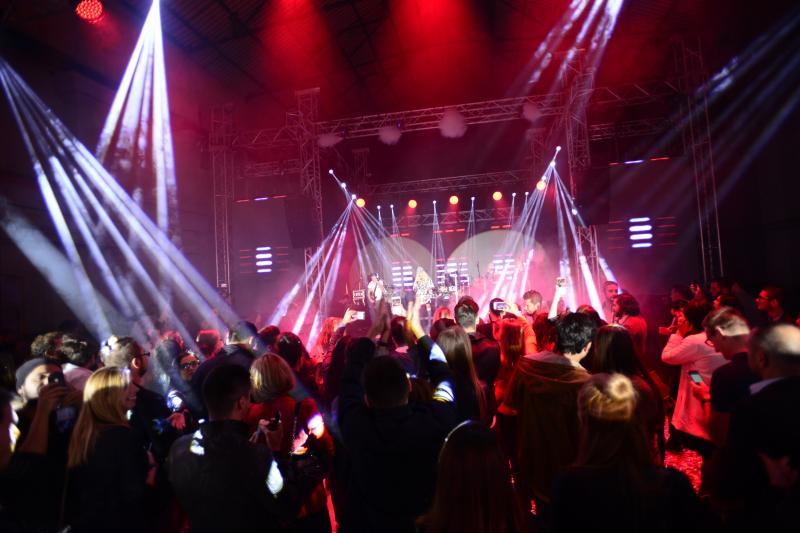 antena live show spectacol de culoare și entartainment la cel mai