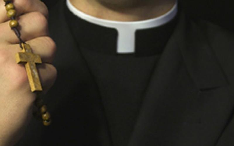 Interpretare vise  Ce înseamă când visezi un preot? Mare atenție! Nu