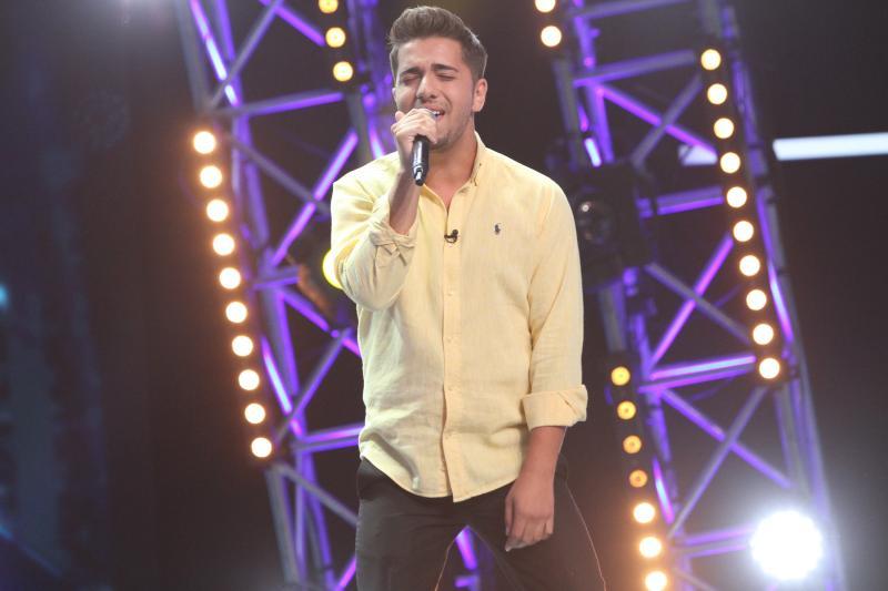 """Ediție senzațională! Emoție, forță și pasiune adevăratăs-au văzut pe scena """"X Factor"""". Un concurent a înspăimântat-o pe Delia"""