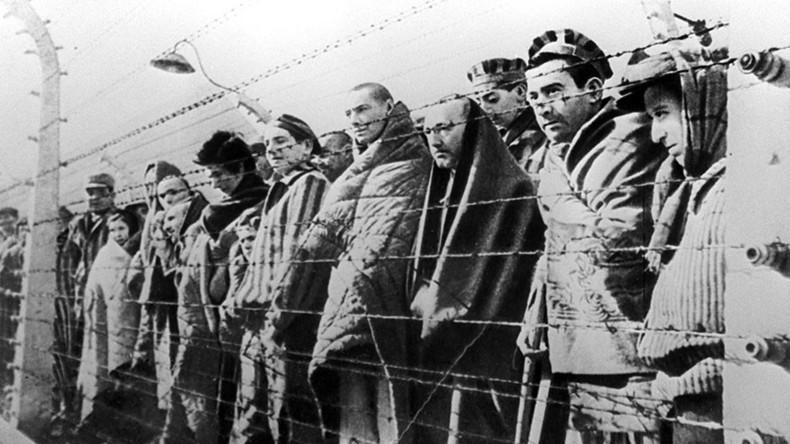 Deținuți la lagărul Auschwitz