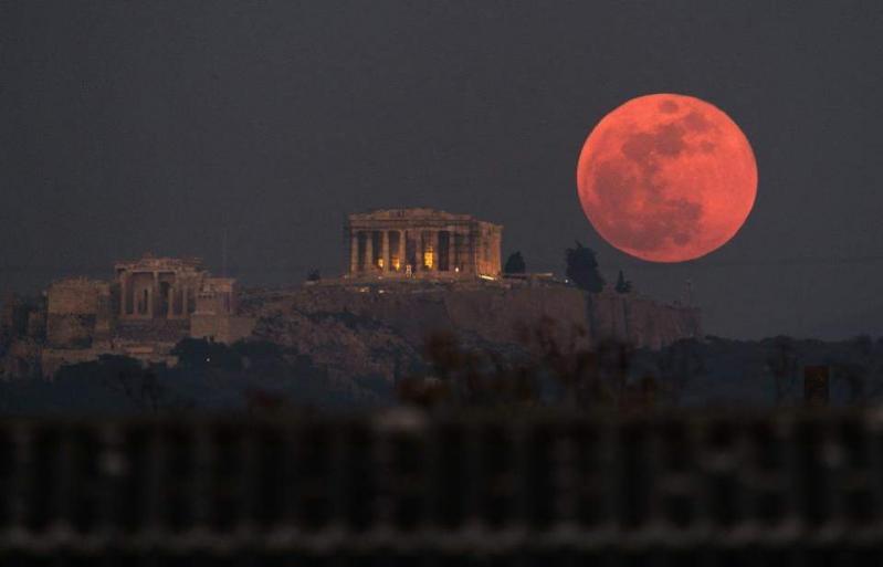 Creștinii se tem! Super-Luna din ianuarie anunță o profeție cumplită! Ce se va întâmpla