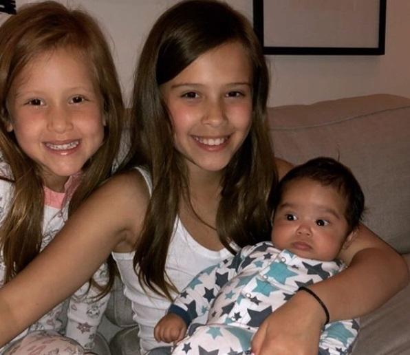 Jessica Alba, imagine emoționantă cu cel de-al treilea copil! Cum arată micuțul Hayes la trei luni