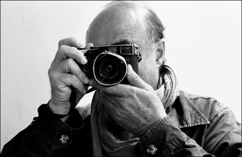 """Veste tragică în această seară! A murit fotograful Abbas: """"A fost un mare profesionist printre cei mai mari!"""""""