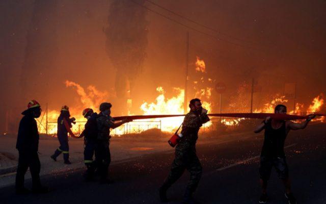 """Ce rămâne după incendiul din Grecia. Mire, """"furat"""" de lângă mireasă, în plină luna de miere!"""
