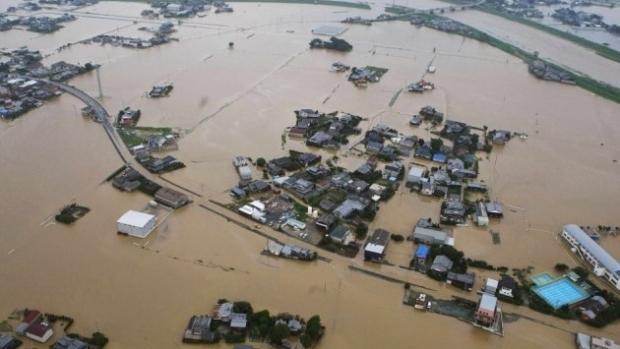 INUNDAŢII CATASTROFALE! Este potop în Japonia: Peste 100 de morţi în unul dintre cele mai mari dezastre meteorologice