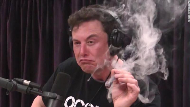 """Celebrul miliardar, Elon Musk, gest CONTROVERSAT în timpul unui show! Ce a putut să consume, în timp ce mii de oameni îl urmăreau: """"Nu cred că este prea bună pentru productivitate"""""""
