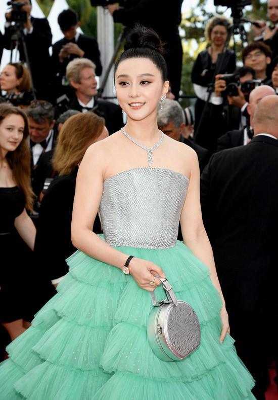 """Jennifer Lawrence a Chinei, celebra actriță din francizele """"X-men"""" și """"Iron Man"""", a dispărut fără urmă, în mijlocul anchetei privind evaziunea fiscală în industria filmului"""