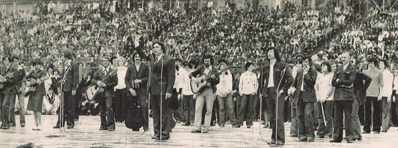 """Te salut, generație în blugi! Cenaclul Flacăra facea 45 de ani, azi: """"Pentru România, a fost primul semn de luptă pentru libertate"""""""