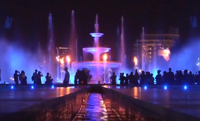 Fântânile din Piața Unirii, noua ATRACȚIE a Bucureștiului! Când sunt SPECTACOLE
