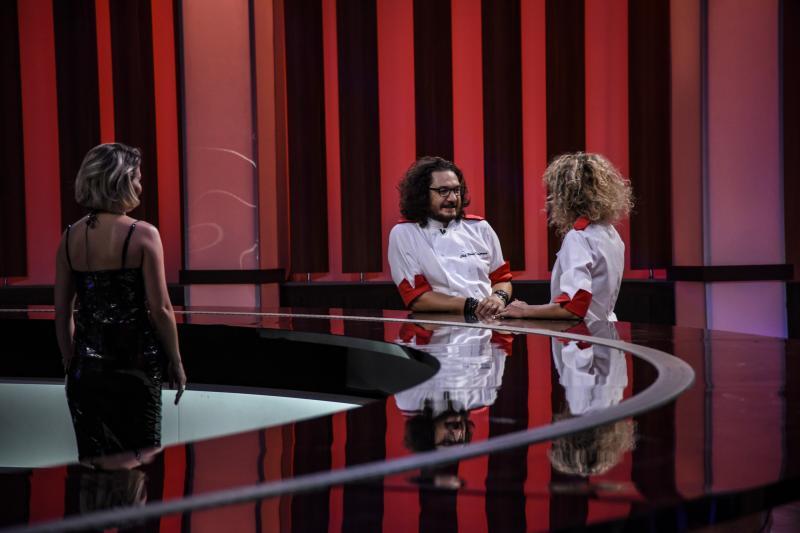 """S-au ales semifinaliștii emisiunii """"Chefi la cuțite""""! Meniuri pentru sportivi, un duel dificil și o eliminare neașteptată"""