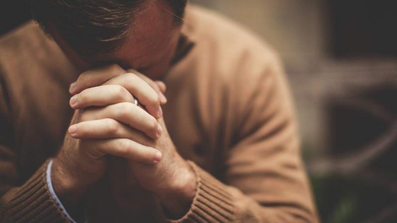 Rugăciunea lui Arsenie Boca pentru ajutor imediat! Ți se schimbă viața imediat