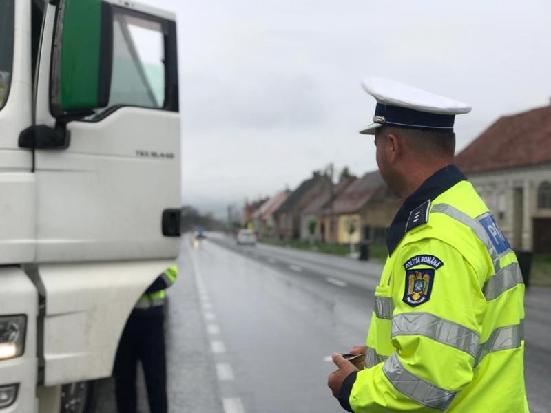 Polițiștii, puși pe dat amenzi! O greșeală simplă te poate costa sute de lei! Ce trebuie să eviți