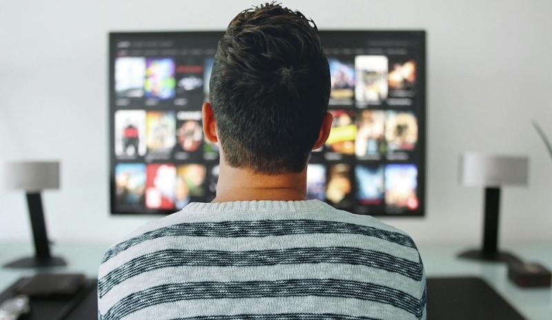 11 motive să îți iei un Smart TV