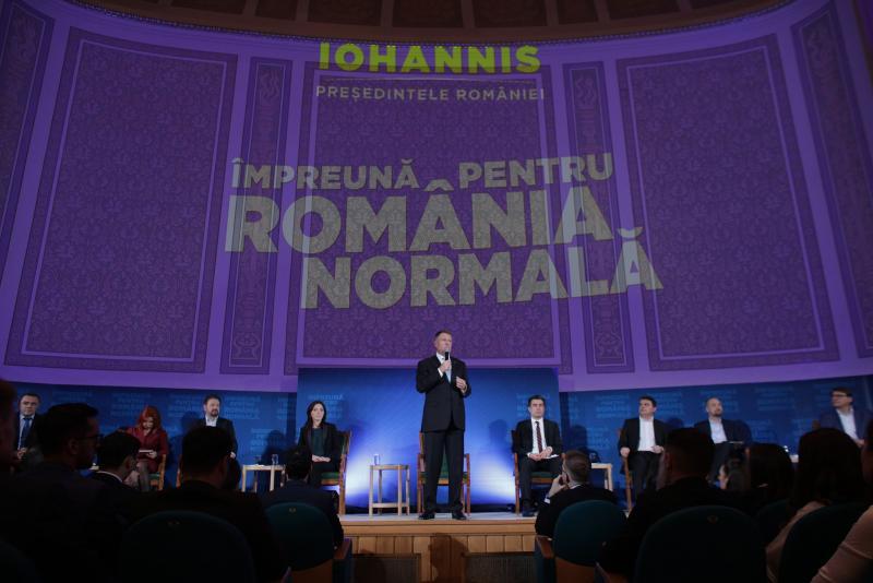 """LIVE TEXT. Klaus Iohannis, pus la zid de un student: """"De ce nu ați invitat jurnaliști care să vă pună întrebări incomode?"""""""