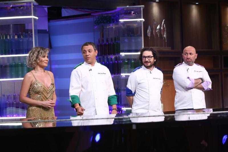 Aseară, pe Antena 1, când show-ul culinar a fost lider detașat de piață, chef Dumitrescu a pierdut primul bucătar din echipa sa, în sezonul 7