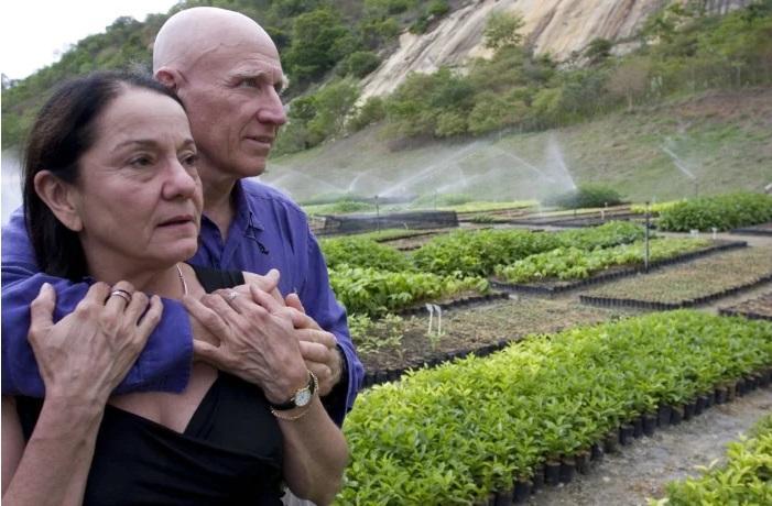 """Un fotograf și soția lui au plantat două milioane de copaci pentru a reface de la zero o pădure: """"Dacă nu ne vom reîntoarce spiritual la planeta noastră vom fi în primejdie"""""""