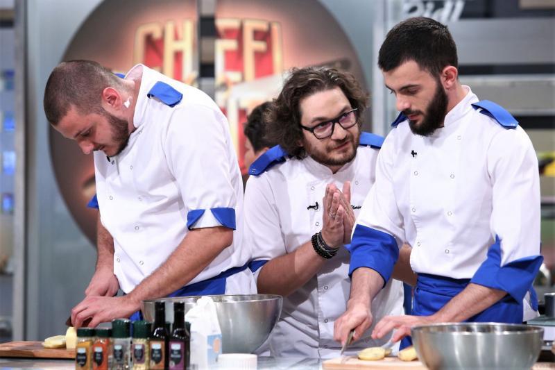 """Cătălin Scărlătescu, despre lupta culinară în trei oameni: """"Atmosfera e deprimantă, e ca la priveghi"""""""