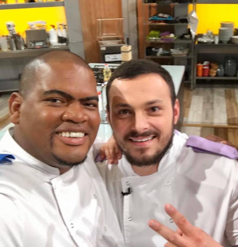 Ernesto de la Chefi la cuțite, dezvăluire incredibilă despre câștigătorul Chefi la cuțite! Poza ce i-a pus pe fani pe jar
