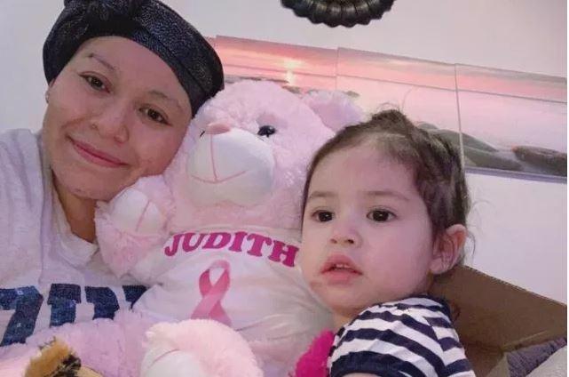 """Mărturisirile cutremurătoare ale unei mame singure, bolnavă de cancer. Cei șapte copii sunt devastați: ,,Mami, nu vreau să mori!"""""""