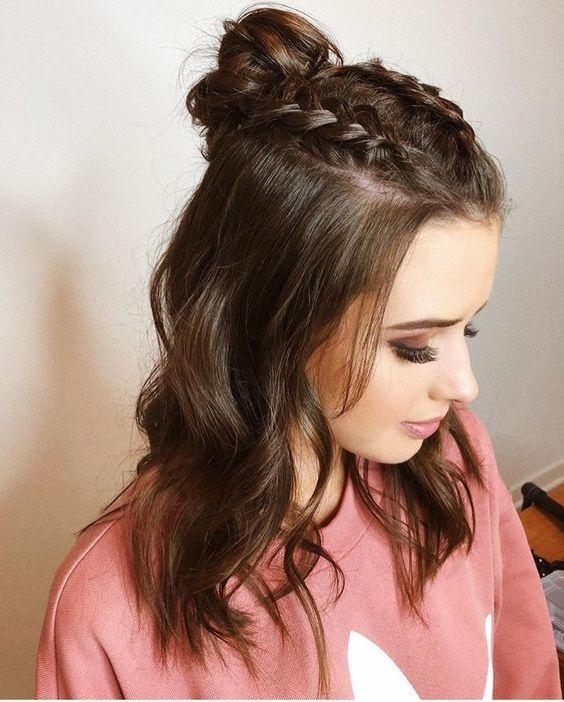 Coafuri 2019 Top 6 Coafuri Simple Pentru Păr Scurt Mediu