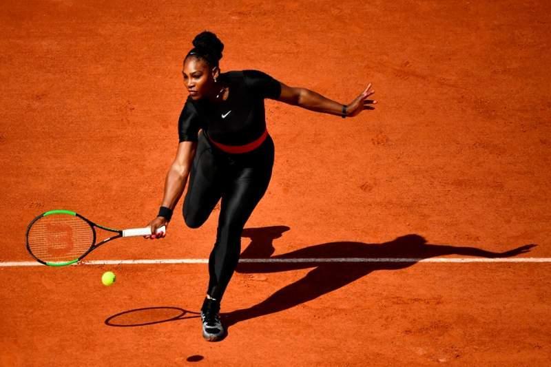 O rochie mini, un chilot sexy și un loc în istorie! Gussie Moran, regina controverselor în moda tenisului feminin, de 70 de ani! N-a detronat-o nici Serena Williams - Foto