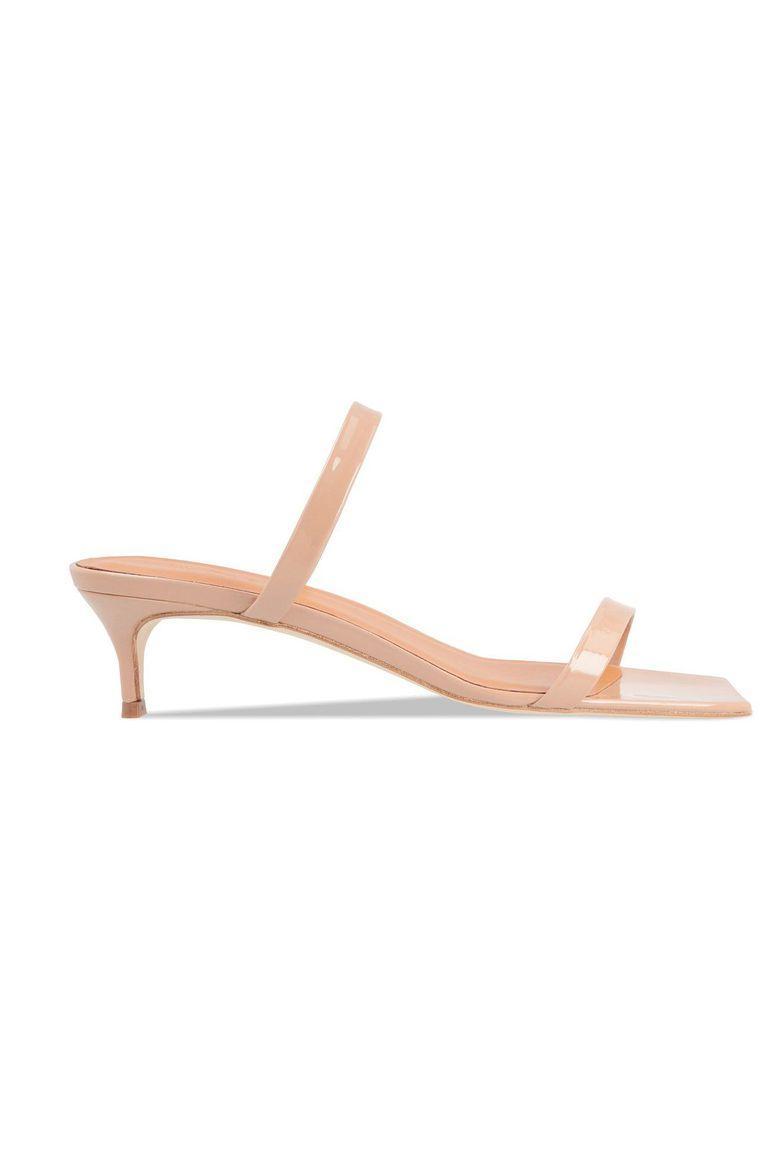 Ce sandale de damă se poartă în 2019. Trebuie să le ai în vara asta