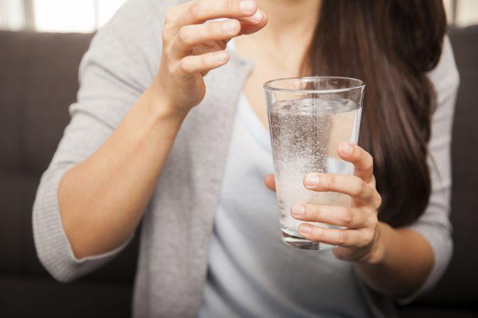 O femeie a băut bicarbonat de sodiu și s-a dus la sală, să facă sport! Ce s-a întâmplat imediat