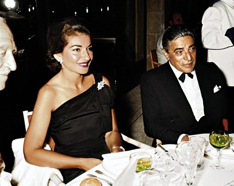"""Și-a detestat mama, s-a lăsat mâncată de vie, la propriu, ca să fie perfectă, și a murit cu inima zdrobită! Fermecătoarea Maria Callas a avut un destin tragic. """"Nu o voi ierta niciodată"""""""
