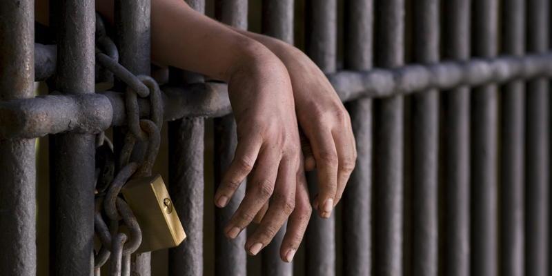 Lege nouă! Cum pot românii condamnați să amâne pedeapsa cu închisoarea!  Totul depinde de copii | Antena 1