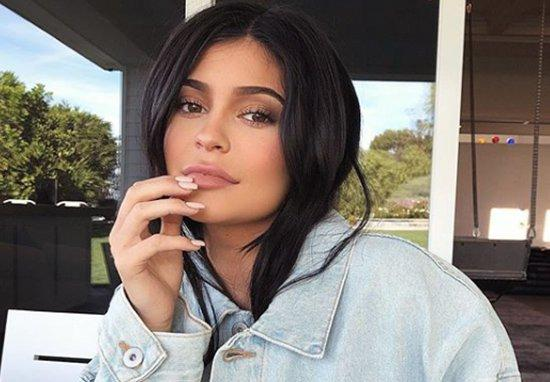 Veste șoc! Kylie Jenner, internată de urgență la spital! Medicii, în stare de alertă