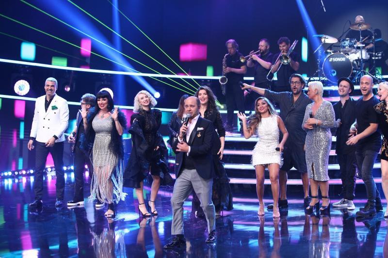 """Cosmin Seleși cântă cu trupa, în deschiderea noului sezon """"Te cunosc de undeva!"""""""