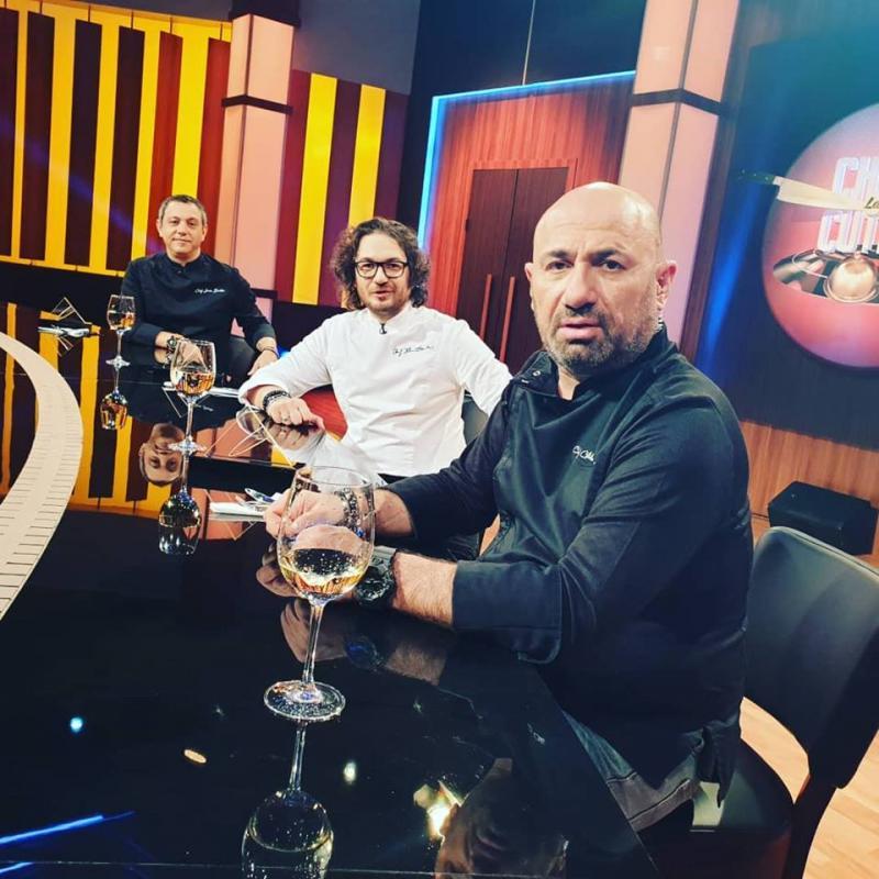 """Chef Florin Dumintrescu anunță schimbări mari în noul sezon """"Chefi la Cuțite"""", exclusiv pe AntenaPlay: """"O să aveți o surpriză!"""""""