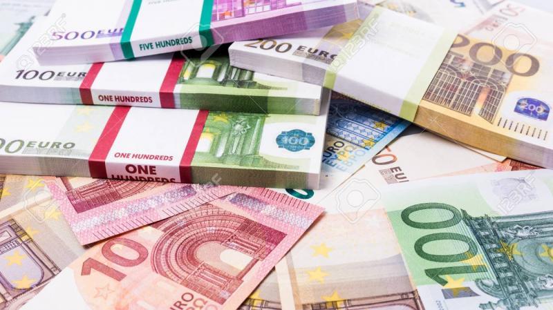Înșelătoria ce îți golește cardurile de bani! Escrocii din România au găsit o nouă tehnică