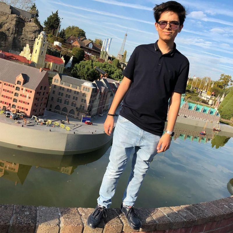 """Geniu printre români, la 16 ani! Tudor este angajat de Adobe România și are proiecte în curs de patentare. Ce spune despre țara lui. """"Colegiiîși amintesc uneori câți ani am"""""""