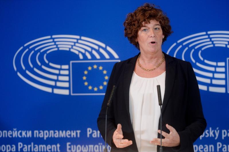 Primul ministru transsexual din lume. Cum arată Petra De Sutter și în ce țară își desfășoară activitatea