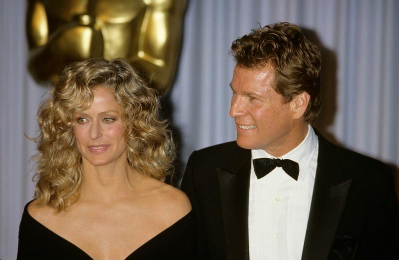 Ryan O'Neal și Farrah Fawcett, pe vremea cand erau tineri si indragostiti