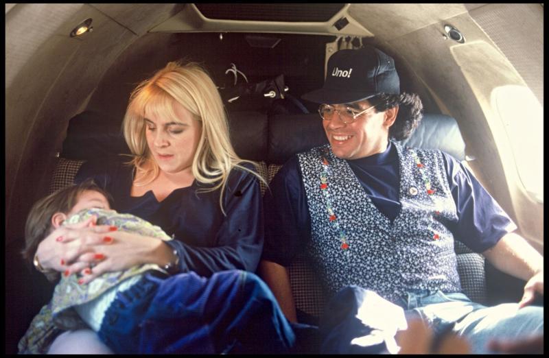 Diego Maradona cu Claudia Villafane si fiica lor cea mare
