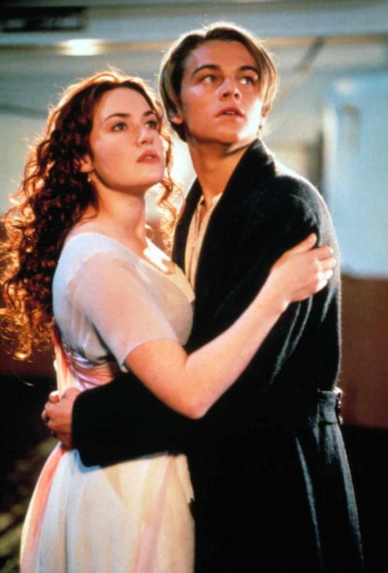 Kate Winslet (Rose) și Leonardo DiCaprio (Jack) în Titanic (1997)
