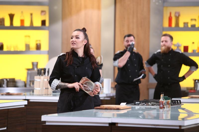 """Roxana Blenche și-a folosit amuleta în ediția 39 din sezonul 8 """"Chefi la cuțite"""""""